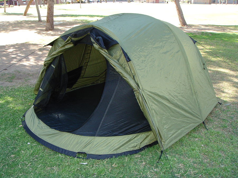 ... Side View of 2 Person Pop Up Tent With Rain Fly On And Vestibule Open ... & Self Erecting Tent With Rain Fly | Instant Setup | Full Ventilation